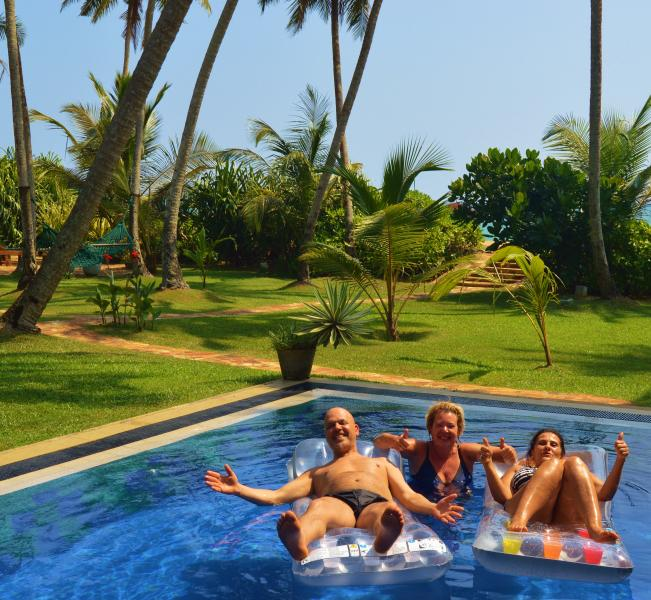 Villa Golden at the beach. This is PARADISE!, location de vacances à Galle District