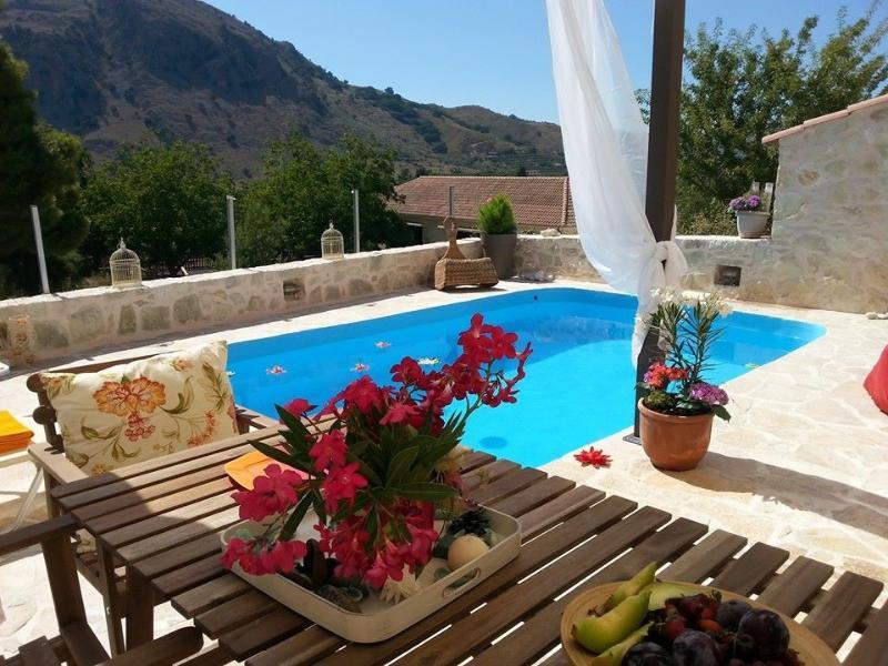 Villa Apple, vacation rental in Balarina