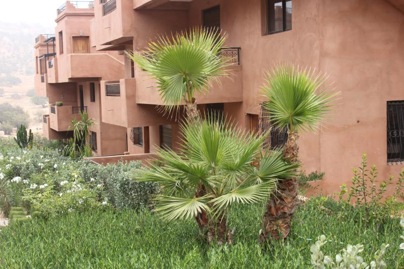 Holiday condo with nice pool in Taghazout,Agadir, Ferienwohnung in Imi Ouaddar