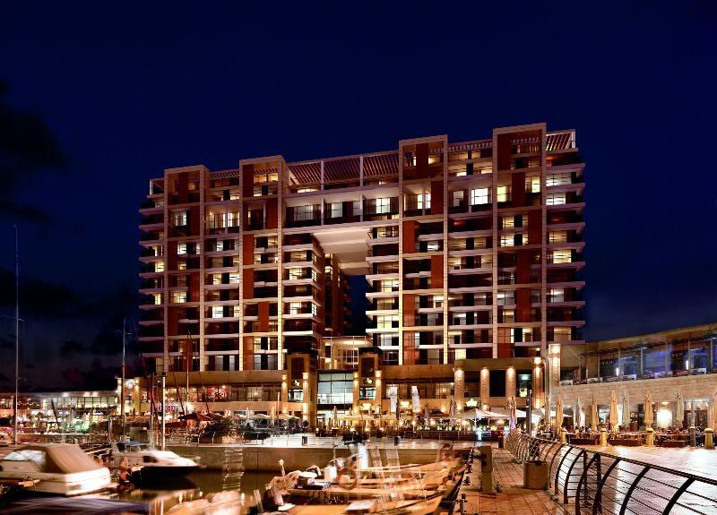 Luxury 1 Bdrm Residence At the Ritz Carlton, alquiler de vacaciones en Herzliya