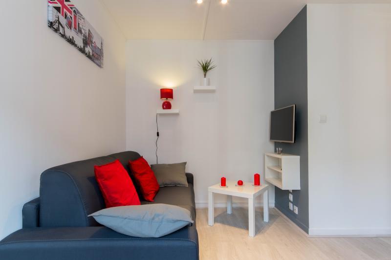 SWEETHOME DIJON-APPARTEMENT 35M2 DIJON CENTRE/GARE, vacation rental in Dijon
