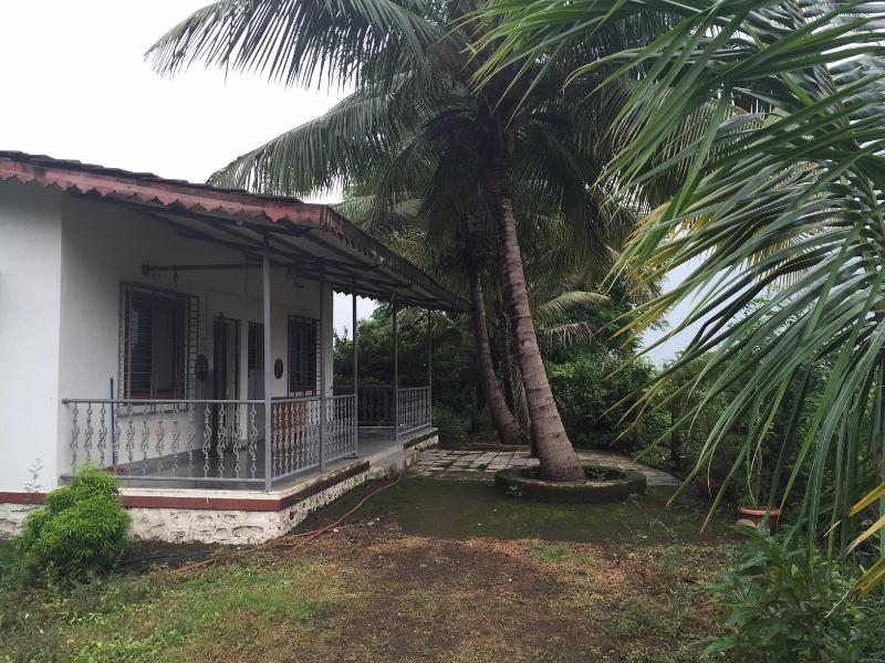 Mango Tree Farm house, holiday rental in Neral