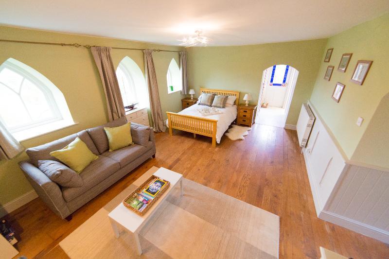 Living / sleeping room