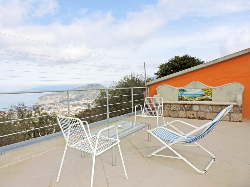 antonio'shouse, holiday rental in Sorrento