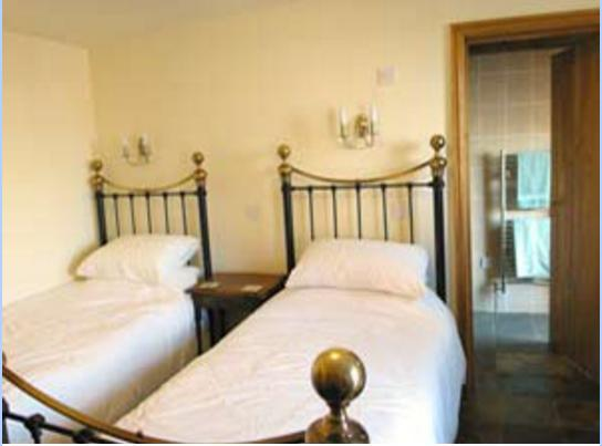 Vale Farm , Twin Rooms, location de vacances à Hinckley