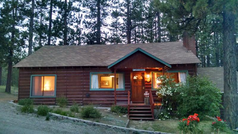 Woodsy family Cabin