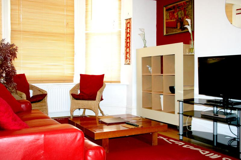 Oriental style Apartment - Lounge