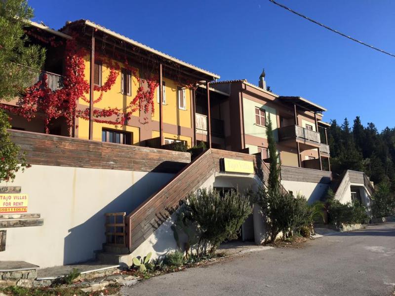 Athani Villas 1 and Athani Villas 2 -Atc Lefkada, holiday rental in Dragano