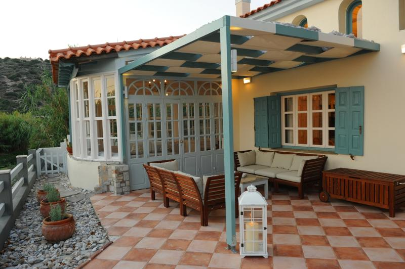Aeolos villa, holiday rental in Votsalakia