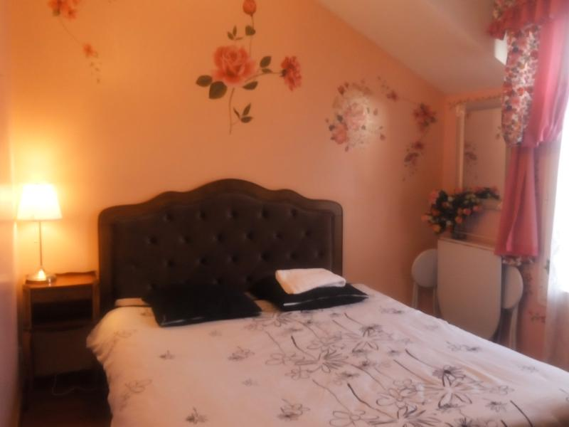 Private room close Notredame Paris, holiday rental in Lisses