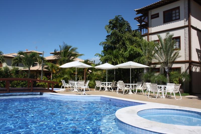 3 bed apt in beautiful condo, Praia do Forte, holiday rental in Praia do Forte