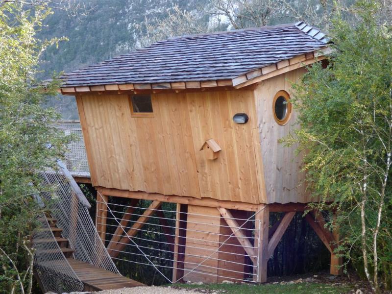 Cabane sur pilotis - La Chênaie, holiday rental in Le Poizat