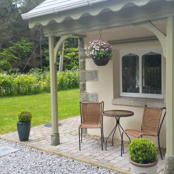 5* Gate Lodge On Blessingbourne Estate