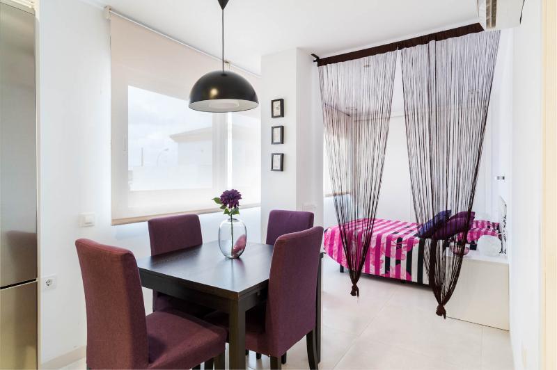 Estudio en Apartamentos Levante, holiday rental in Zahara de los Atunes