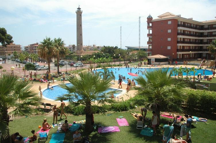 PLAYA DE CANET COMODO APARTAMENTO URBANIZACION PRIVADA, PISCINAS, holiday rental in Pucol