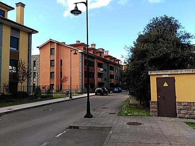 Apartamento en Llanes,con piscina y garaje, holiday rental in Llanes
