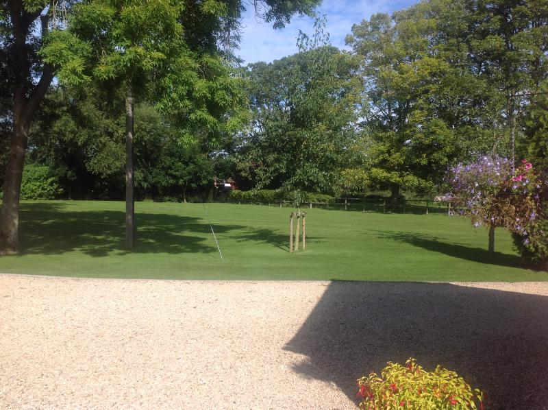 Cotswolds,  Hannington Wick, Kempsford, Fairford, Wiltshire., vacation rental in Fairford