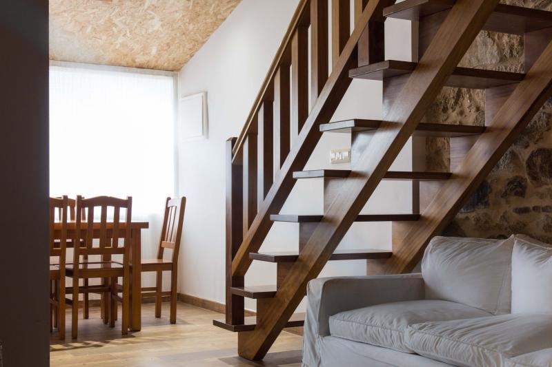 Apartamento Rural 4 + 2, aluguéis de temporada em O Barco de Valdeorras