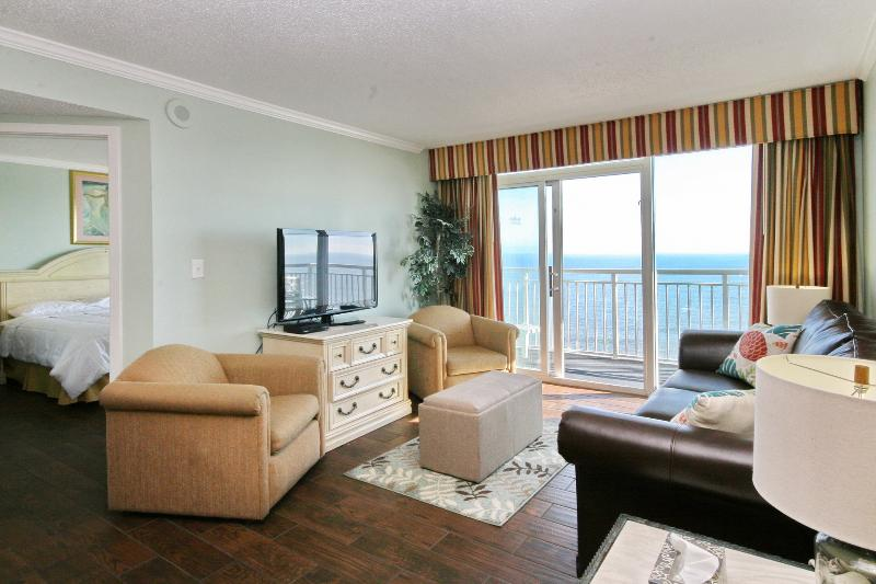 Family room with a beautiful oceanfront view!