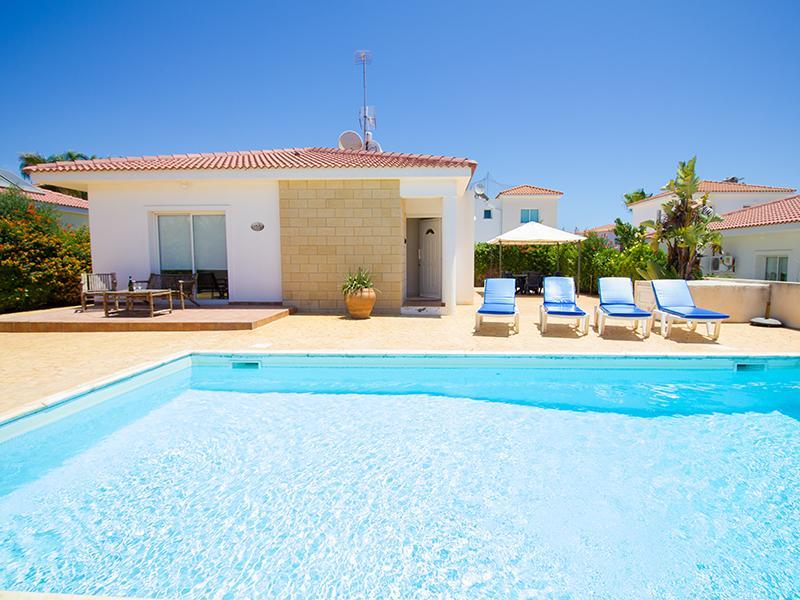 Villa Novacastria, holiday rental in Frenaros