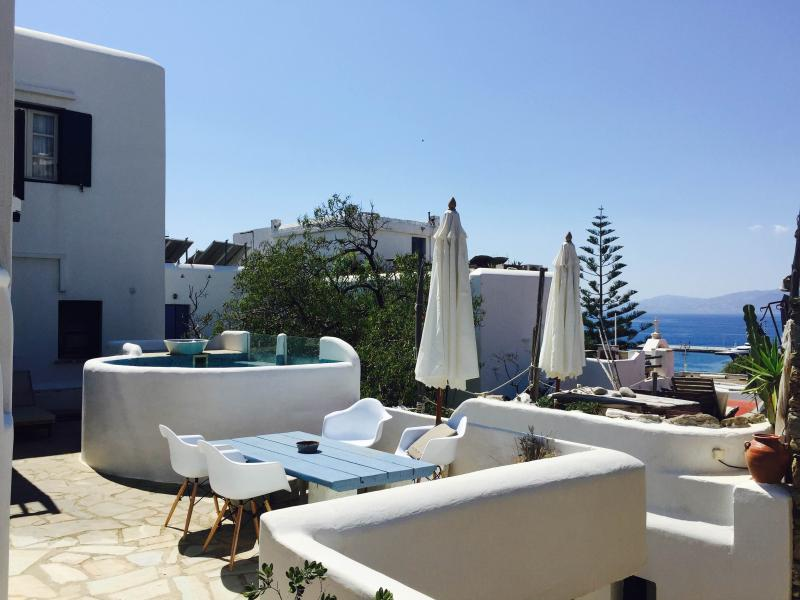 Quadruple Studio, holiday rental in Mykonos Town