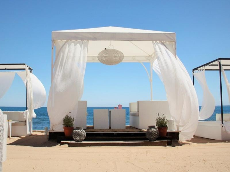 Javea | Ibiza - styled beachbars , nearby the apartment