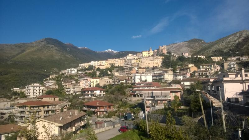 I monti visti dal balcone della camera 'Formia'