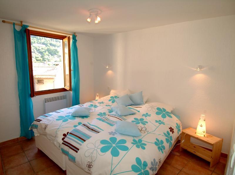 Room MARCEL -2 twins beds -