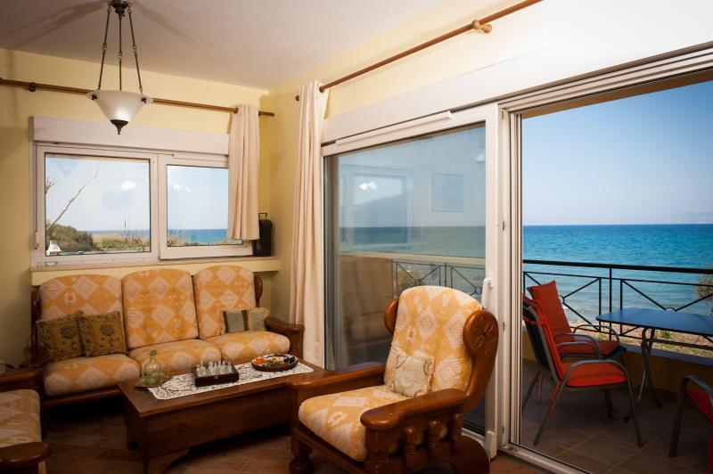 Beach House , Sea Villa , Kalavarda Village, casa vacanza a Kamiros Scala