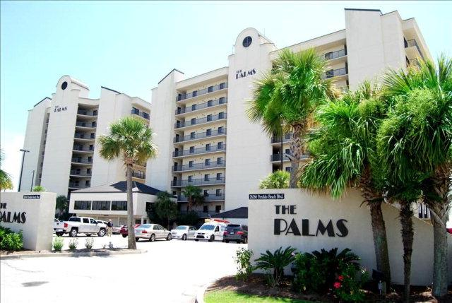 The exterior building for the Palms in Orange Beach, AL.