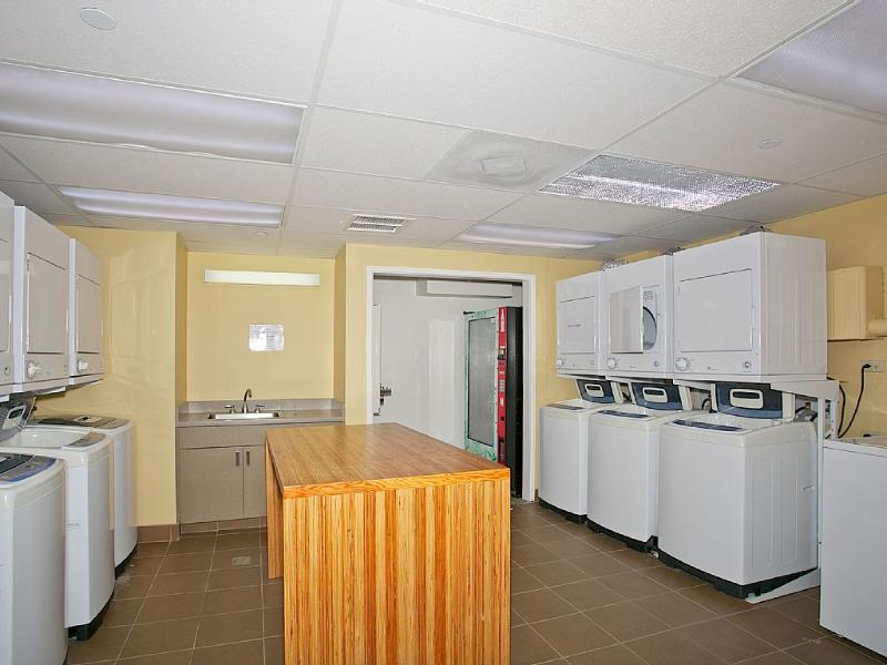 FREE laundry facilities.