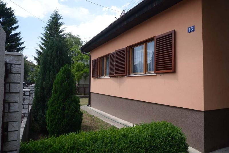 Family House in Bugojno, Central Bosnia Canton, holiday rental in Babanovac