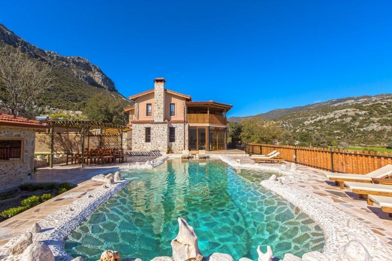 Full secluded private villa in Turkey