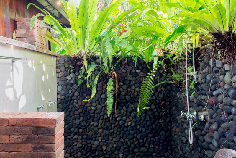 Enjoy a hot and cold outdoor shower