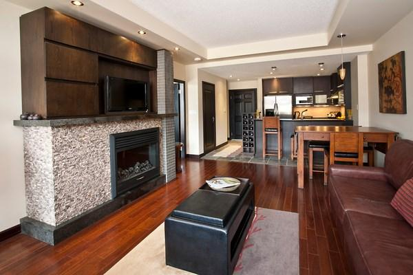 Luxuriously decorated condo