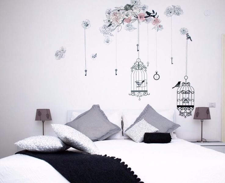 queen size bedroom details
