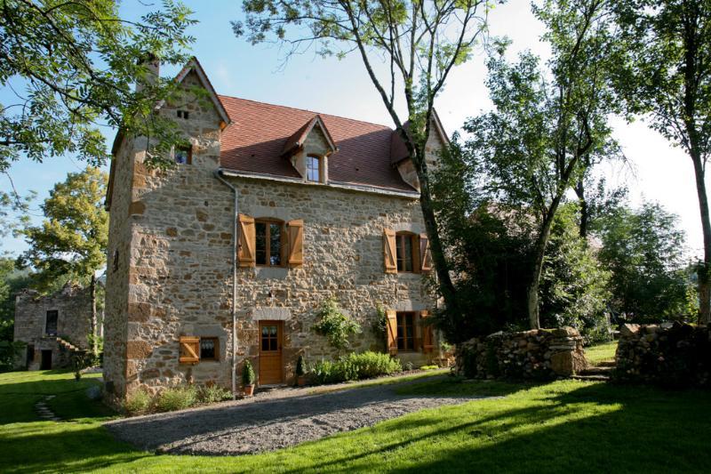 Hameau du Quercy maison charme piscine naturelle, vacation rental in Cajarc