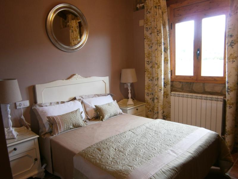 Casa rural Vintage, vacation rental in Huesca