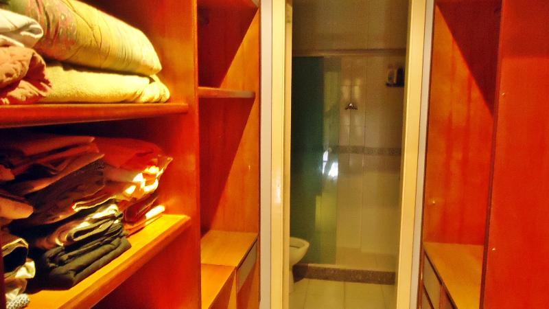 Closet e Banheiro da suite 3