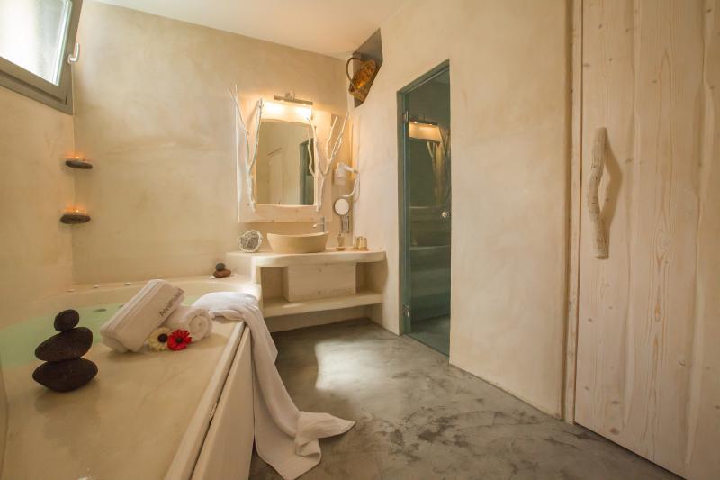 welcome to Love Nest villa!