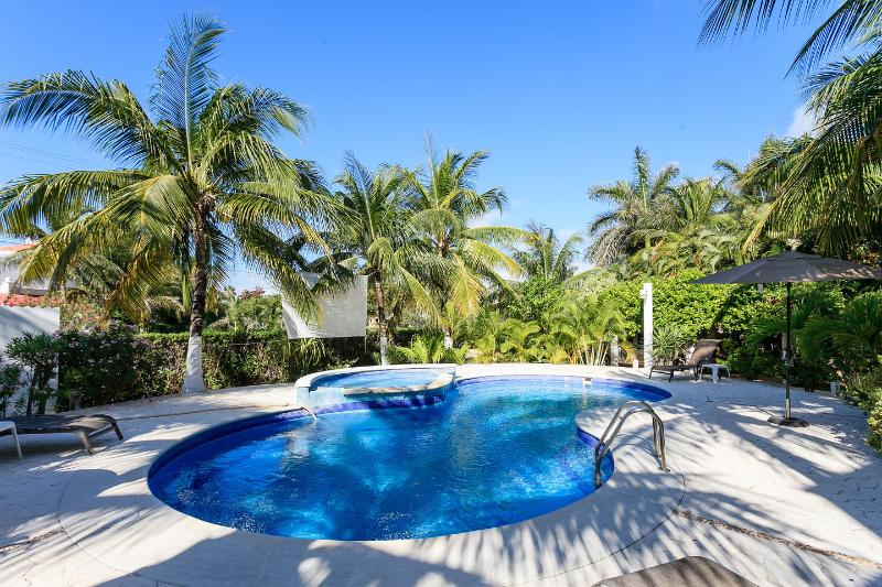 VILLA QUETZAL, holiday rental in Playa Paraiso