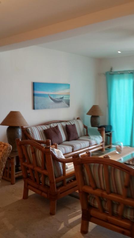 Coco Beach Club #6, Simpson Bay Beach, St Maarten ******* 8555