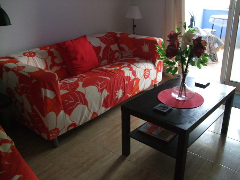 Modern Apartment in Almoradi with Shared Pool, holiday rental in La Murada