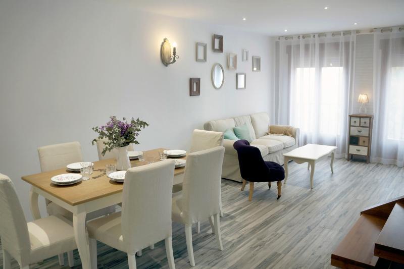 Apartamento PARÍS. Comedor-Sala de estar