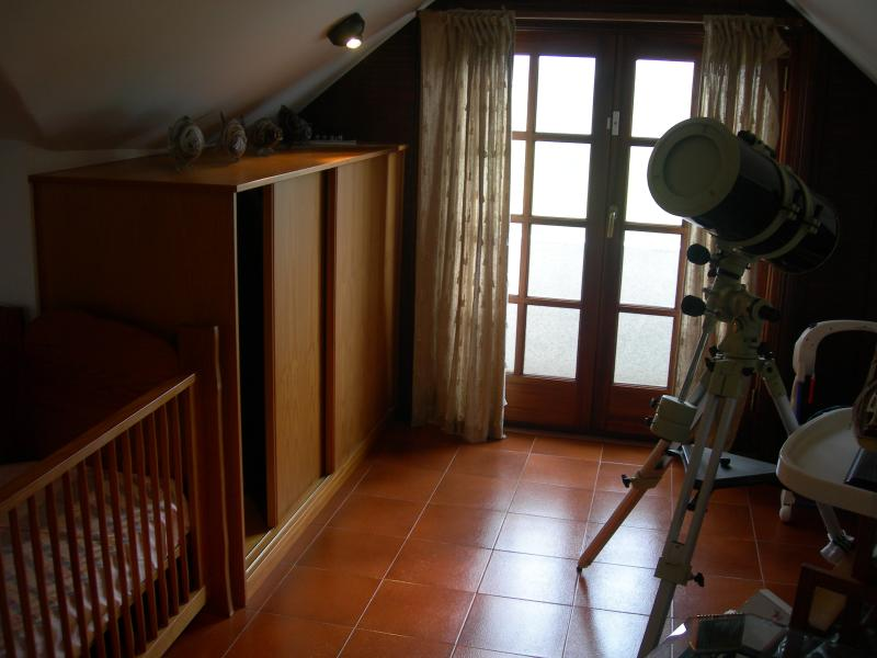 More of the upstairs double room (the large telescope remains for you to enjoy the night skies).