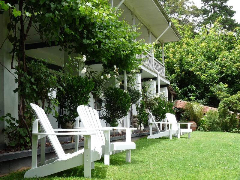 Brentwood B and B Apartment - Garden View King – semesterbostad i Narbethong