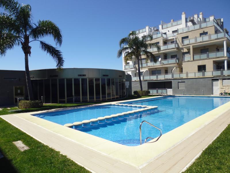 Dúplex en playa de Oliva Nova. Costa de Valencia, vacation rental in Pego