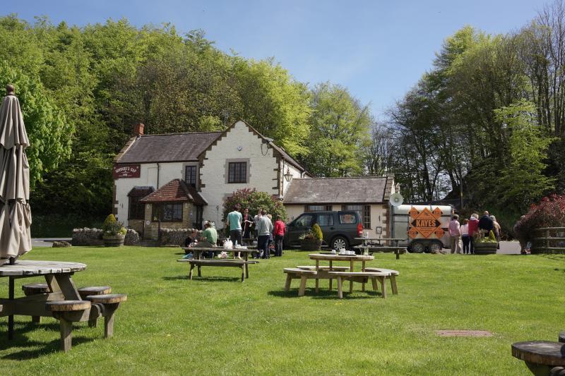 Local pub at Wynards Gap