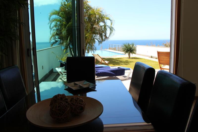 Dining Room / Sea View