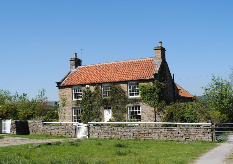 Astounding Rose Cottage Charming Grade Ii Listed Holiday Cottage In Interior Design Ideas Pimpapslepicentreinfo